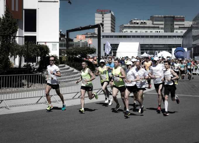 people having a marathon